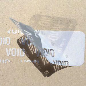 Etiquettes adhésives polyester VOID